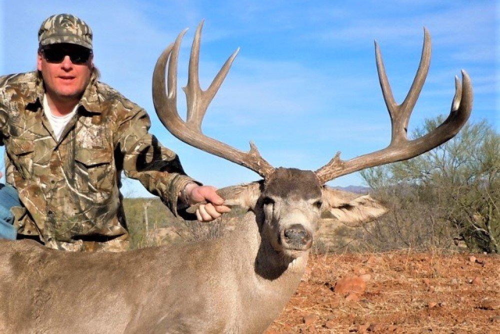 199 Mule deer outfitters